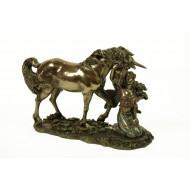 Hada con Unicornio.